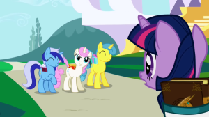 Twilight_Sparkle_gets_invited_to_a_party_S1E01
